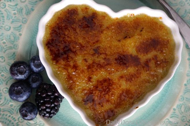 avocado crème brûlée, vegan, heart-shaped